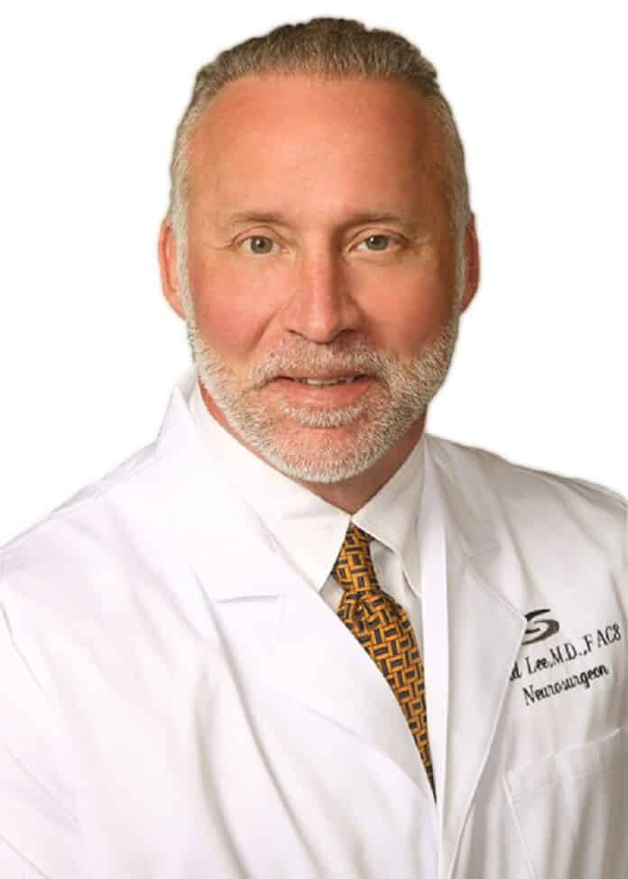 Neurosurgeon David Lee